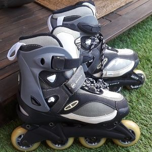 Womens like new, worn once roller blades .